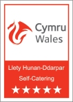 5st SELF CATERING Logo